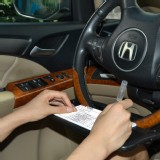 Auto Mini Desk Steering Wheel Attachment for Note Taking/ Laptop or Tablet Rest/ Meal Tray